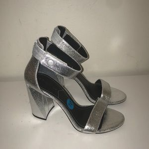 "Kendall and Kylie ""Giselle"" Heels, NEW"